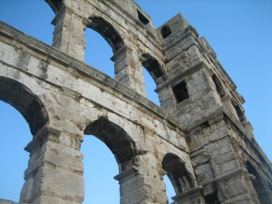 Amazing Architecture-Pula