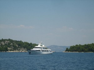 Deep Water Channel to Polace, Otok Mjlet