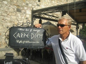 Kent finds a sign in Taormina at sums it all up!
