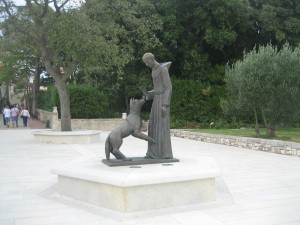 Statue of St. Francis of Assisi on Kosljn