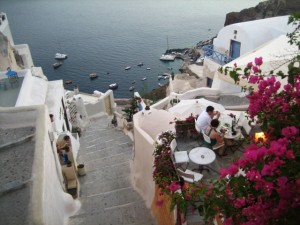 Dining al fresco in Oia
